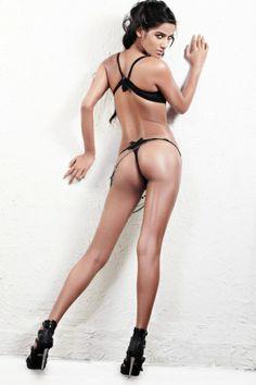 Poonam pandey in black bikini