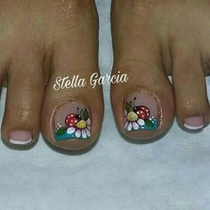Mariquita Cute Toe Nails, Cute Toes, Toe Nail Art, Fun Nails, Pedicure Designs, Toe Nail Designs, Mani Pedi, Manicure And Pedicure, Pedicures