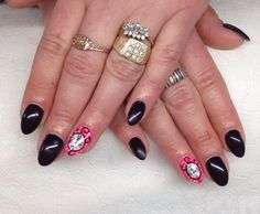 Effective Nails