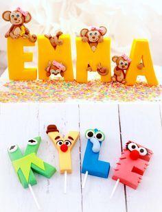 Trend Alert:  Fondant Letter Toppers Fondant Cupcakes, Fondant Cake Toppers, Fondant Icing, Fondant Figures, Cupcake Cakes, Fondant Tips, Fondant Recipes, Mini Cakes, Cupcake Toppers