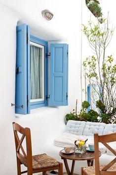Blue & White Corner in Mykonos Island, Greece Boutique Hotel Mykonos, Mykonos Greece, Santorini, Mykonos Island, Outdoor Spaces, Outdoor Living, Myconos, Greek Blue, Greece Islands