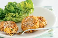 Chickpea and sweet potato cakes. look pretty tasty. Vegetarian Cooking, Vegetarian Recipes, Vegetarian Lunch, Healthy Recipes, Veggie Recipes, Whole Food Recipes, Free Recipes, Sweet Chilli Sauce, Potato Cakes