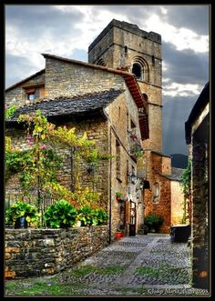 Ainsa  Huesca     Spain