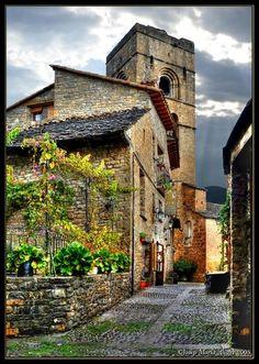 Ainsa  Huesca     Spain