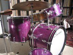 Slingerland Purple Glass Glitter Black Badge 1973 All Things Purple, Purple Stuff, Vintage Drums, Purple Interior, Jem And The Holograms, Drummer Boy, How To Play Drums, Beautiful Guitars, Drum Kits