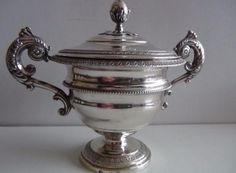 Antiek zilver eind 18e eeuw tabakspot zilverkeur Handgemaakte zilveren tabakspot einde 18e eeuw. Zilverkeurmerkjes: koeienkop= Keur Nice behoorde toen bij italie meestertekens: kroon met grote ster ex Turijn