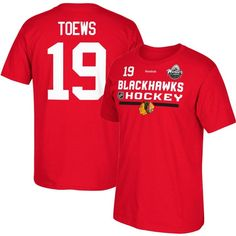 REEBOK MEN'S 2017 NHL WINTER CLASSIC CHICAGO BLACKHAWKS JONATHAN TOEWS #19 LOCKER ROOM RED PLAYER T-SHIRT