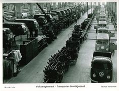 Volkswagen Factory: Assembly line for T1 vans & buses...