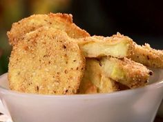 Deep-Fried Squash recipe from Paula Deen via Food Network Fried Squash Recipes, Deep Fried Recipes, Yellow Squash Recipes, Vegetable Recipes, Chicken Recipes, Paula Deen, New Recipes, Cooking Recipes, Favorite Recipes