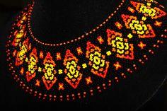 Силянка № 1.   biser.info - всё о бисере и бисерном творчестве Beaded Collar, Beaded Choker, Beaded Jewelry Patterns, Beading Patterns, Mexican Jewelry, Native American Beading, Handmade Beads, Bead Caps, Bead Crochet