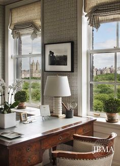 a Fifth Avenue pied-a-terre in a Rosario Candela building was designed for a couple living in Texas by Cathy Kincaid and John B. Murray Architect.