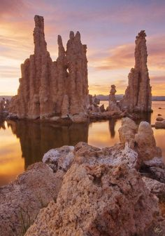 10 Amazing Natural Places You Must Visit in California - Tufa Towers at Mono Lake