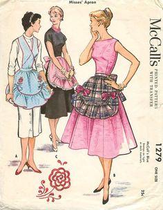 Vintage 1946 McCalls Bib Half Embroidered Apron Pattern 1279 One Size Vintage Apron Pattern, Vintage Dress Patterns, Aprons Vintage, Vintage Fabrics, Mccalls Patterns, Fabric Patterns, Apron Patterns, Vintage Outfits, Vintage Dresses