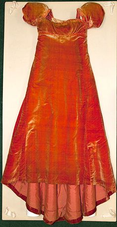 """The Legend of Dolley Madison's Red Velvet Dress At the National Portrait Gallery, a fiery red velvet dress steals the attention of visitors to """"1812: A Nation Emerges,"""" a new exhibition commemorating the bicentennial of the War of 1812."""