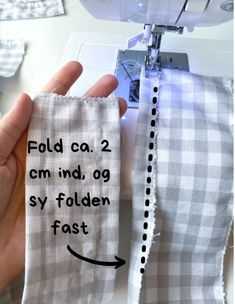 Kjole med pufærmer - Syguide | Maria Møller Sewing Clothes, Phone Cases, Stitch Clothing, Phone Case