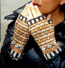 Ravelry: Bradbury mitts pattern by bunnymuff, Mona Zillah