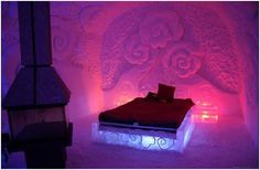 Spend a night at the Hotel de Glace, Quebec City. Jacques Cartier, Regal Bad, Santa Claus Images, Unusual Hotels, Ice Hotel, Hotel Room Design, Snow Sculptures, Pink Bedrooms, Snow And Ice