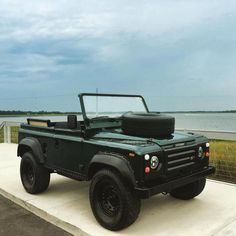 CONVERTIBLE DEFENDER 90.  Very nice but also very expensive! CC