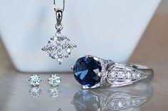 Platinum Sapphire Diamond Ring Diamond pendant necklace Diamond earringsサファイアダイアモンドリングジュエリーコーディネート