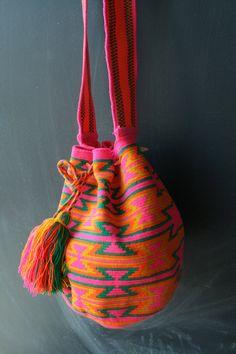 Mochila Wayuu - Pink, Green, Yellow Multicolor. To purchase original Wayuu Bags, visit diversostudio.com