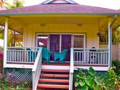 Bungalow in Hawaii... Someday I will live here and never leave the islands!!!