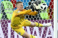 England boss Gareth Southgate insists 'Jordan Pickford is my ahead of Colombia clash England National Football Team, National Football Teams, England Football, Gareth Southgate, Everton, Goalkeeper, World Cup, Bedroom Ideas, Game