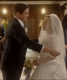 Christmas Special 2013 Call The Midwife Shelaghs 50s Wedding Dress A Bit Too Much