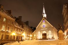 snowy night in Quebec, Canada; photography by Rélie, via Flickr