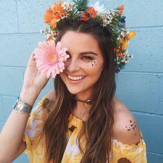 Festival looks, hippie festival, flower festival, coachella festival, f Festival Looks, Festival Gear, Festival Fashion, Festival Chic, Coachella Make-up, Coachella Festival, Hippie Festival, Flower Headband Hippie, Flower Crown Outfit
