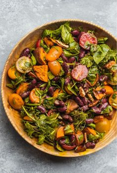 Sweet Potato and Red Bean Salad Red Bean Salad, Red Beans Recipe, Bean Salad Recipes, Vegetarian Recipes, Healthy Recipes, Plant Based Recipes, Food Hacks, Vegetable Pizza, Sweet Potato