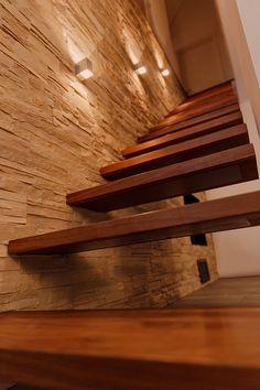 die treppenstufen wurden mittels einer unterkonstruktion befestigt der behandelte stahl wurde. Black Bedroom Furniture Sets. Home Design Ideas