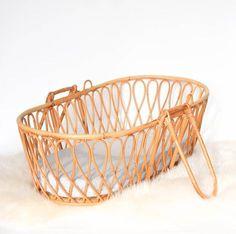 Baby bassinet cradle rattan bed vintage 60s 50s