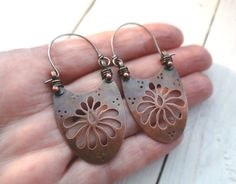 Copper Chrysanthemum Earrings Openwork Hand por LostSparrowJewelry