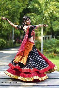 - sold out Garba Chaniya Choli, Garba Dress, Navratri Dress, Lehnga Dress, Lehenga Choli, Bollywood Lehenga, Indian Lehenga, Indian Bridal Outfits, Indian Designer Outfits