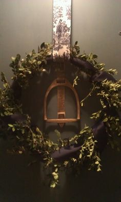 christmas decoration in equestrian style - Stirrup Wreath Equestrian Decor, Western Decor, Equestrian Style, Equestrian Bedroom, Horse Crafts, Christmas Decorations, Holiday Decor, Christmas Colors, Making Ideas