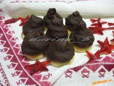 ♥Nepečené čokoládovo-gaštanové minišpice♥ Pudding, Cookies, Desserts, Sweet, Food, Crack Crackers, Tailgate Desserts, Candy, Deserts
