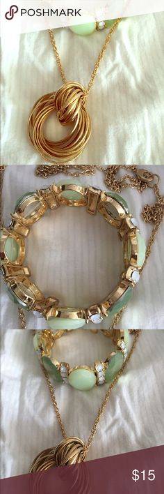 Golden necklace. Golden long necklace.🎀🎉 I ACCEPT OFFERS 🎉🎀 🌟 15% OFF on bundles 🌟 New York & Company Jewelry Necklaces