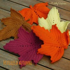Made by Sissinou: Serial Crocheteuses N°241: Feuilles d'Automne Crochet Leaves, Crochet Motifs, Crochet Flowers, Crochet Patterns, Crochet Diy, Crochet Fall, Irish Crochet, Diy And Crafts, Arts And Crafts