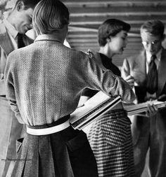 Harper's Bazaar August 1949 - Photo by Lillian Bassman