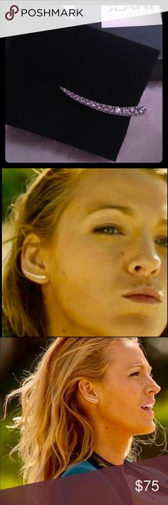 """BLAKE LIVELY SILVER CRYSTAL EAR CRAWLER EARRING !! SEXY NEW JLANI EAR CRAWLER EARRING MADE FAMOUS BY BLAKE LIVELY WORN IN HER MOVIE """"THE SHALLOWS"""". SOME SAID THE EARRING WAS THE CO-STAR!  THIS IS A SINGLE (RIGHT) EAR CRAWLER.  STERLING SILVER SIMULATED STONES. Wear it solo or add a simple diamond stud to compliment the left ear.  COMES IN ORIGINAL BOX. Jewelry Earrings"""