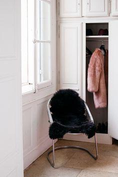 My Dressing...  #peaudemouton#decoration#dressing#folk#interior#cocooning
