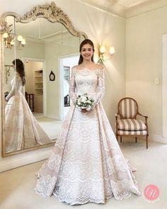 5663d931a 24 melhores imagens de Vestido de Casamento Perfeito