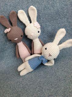 Easter bunnies from www.manuska.com