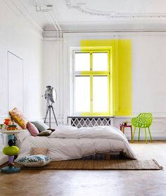 Love this simple, quirky idea ...a splash of yellow.