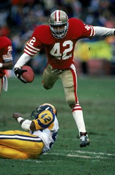 Ronnie Lott (DB) - First Year: 1981 - Career: 14 seasons - Drafted: Round Pick 8 49ers Players, Football Players, School Football, Football Team, Football Defense, Football Stuff, Football Memes, American Football, Americana Retro