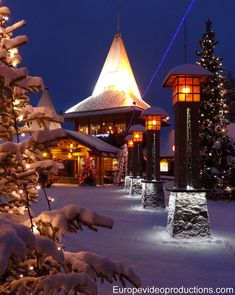 Santa Claus Village and Arctic Circle Line in Rovaniemi, Finland (Lapland) Santa Claus Village, Santa's Village, Lapland Holidays, Places To Go, Places To Travel, Finland Travel, Celebration Around The World, Visit Santa, Arctic Circle