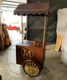 Food Truck, Food Cart Design, Bike Food, Ice Cream Cart, Mobile Business, Ice Pops, Display Design, Mens Clothing Styles, Popcorn Maker