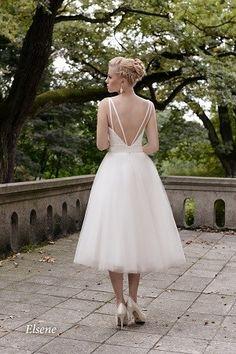 suknia ślubna z nagimi plecami, krótka suknia ślubna, kolekcja 2015