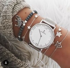 I love the bracelets that have been paired with the watch