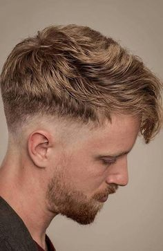 The drop fade haircut is the latest craze in men's hairstyles. Try one of these cool drop fade variations for a look that is sure to impress. Low Fade Mens Haircut, Drop Fade Haircut, Fade Haircut Styles, Short Hair Styles, Haircut Men, Hipster Haircuts For Men, Hipster Hairstyles, Cool Hairstyles, Short Haircuts